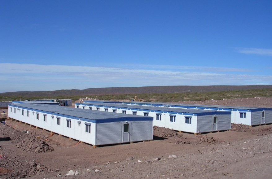 Campamento en Aguada Pichana Fase 2