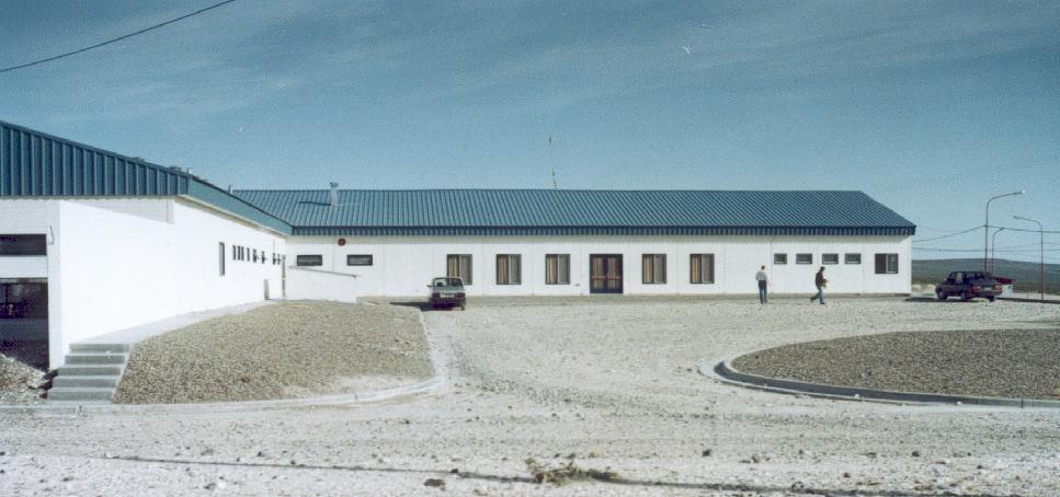 """Campamento para la Represa Pichi-Picún-Leufú """"Piedra del Aguila""""."""